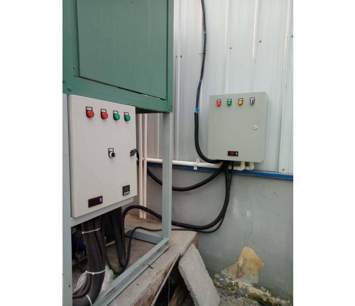 制冷机电气控制柜